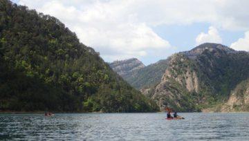 Kayak a la Llosa del Cavall, de la platja dels Estevats a la captació de la Knauf