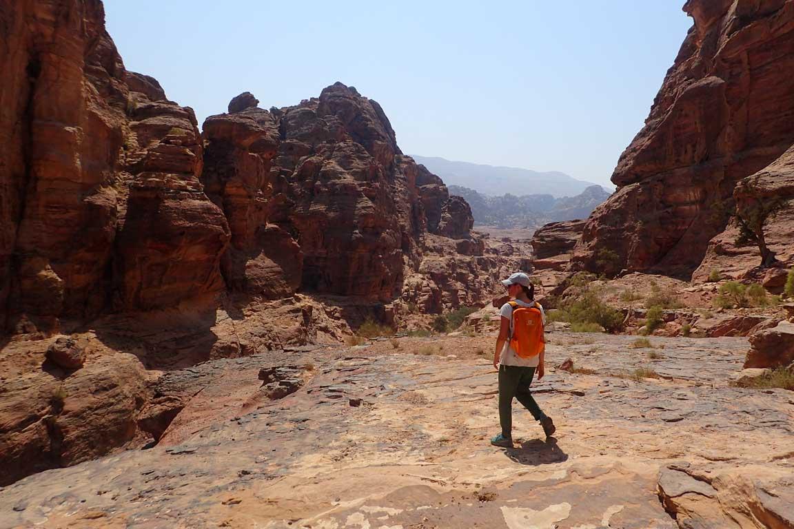 Enfilant el Wadi Muaysa Gharbiyya