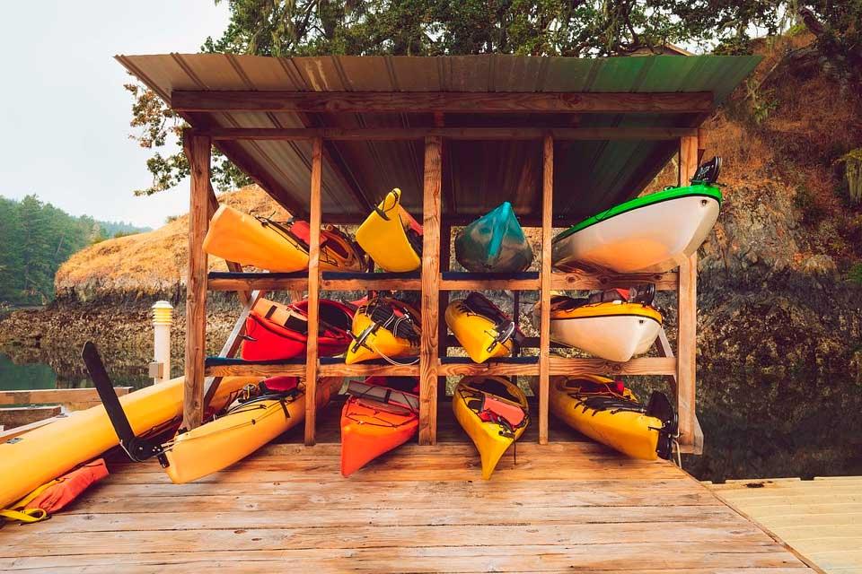 qué diferencia hay entre kayak y piragua