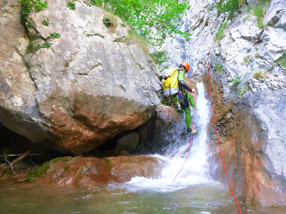 descens de barrancs canyons i engorjats